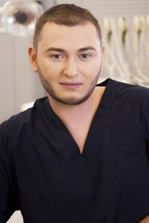 Д-р Станислав Ненов